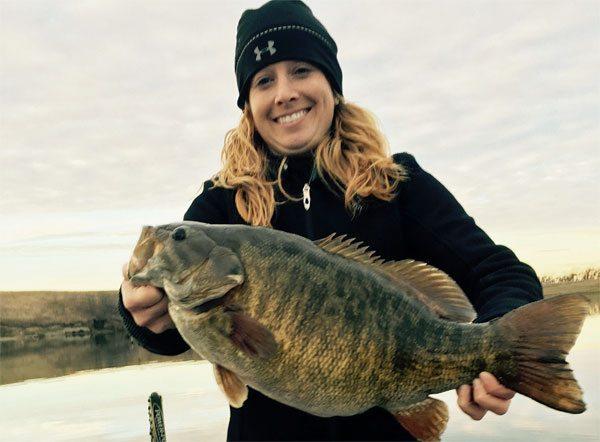 SD-record-smallmouth-bass-fishing-151119