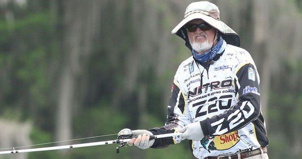 Rick-Clunn-hat-bass-fishing-160322