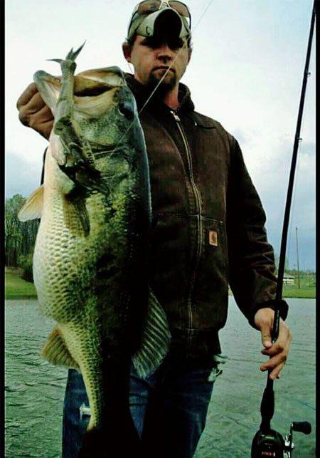 shot-bull-shad-bass-fishing-160412
