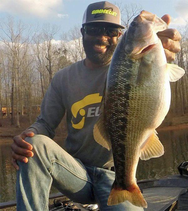 shot-spotted-bass-fishing-160407