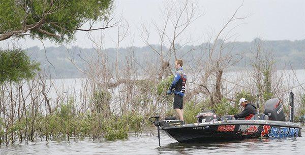 Brandon-Card-fishing-Texoma-bassblaster-bass-fishing-160614