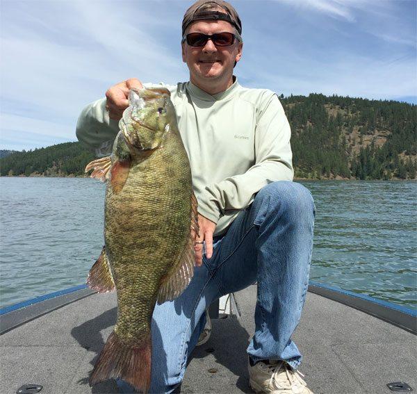 melon-8-lb-smallie-bassblaster-bass-fishing-160630