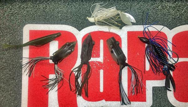 DeFoe-baits-bassblaster-bass-fishing-170228
